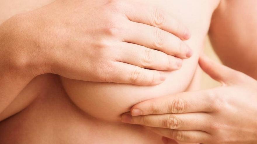 Condenan a una clínica por las secuelas de una operación de mamas