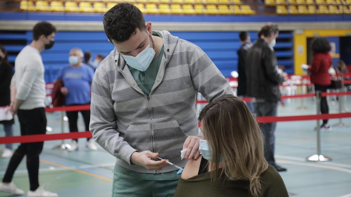 Vacunación en el Germans Escales