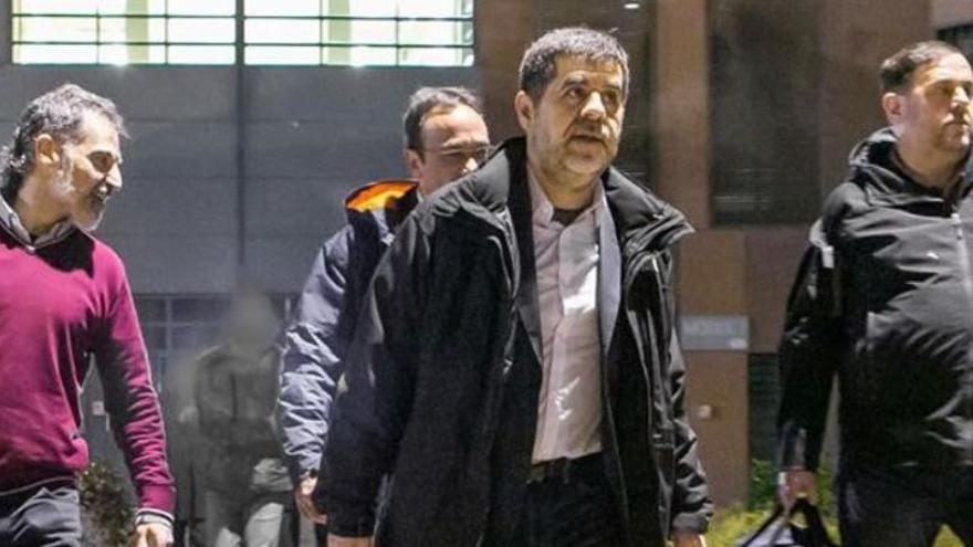 Indultos a los políticos presos catalanes: ¿Cómo y cuándo serán excarcelados?