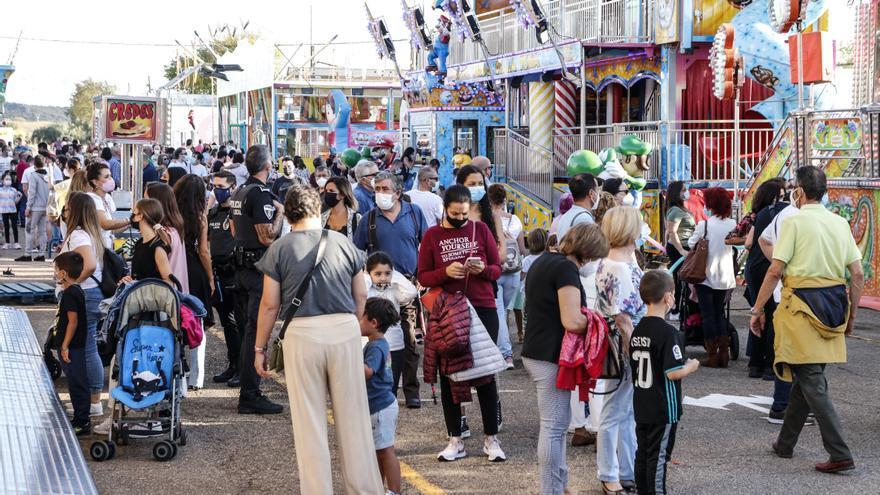 La feria de Cáceres bate récords de participación y el Día del Niño arrasa
