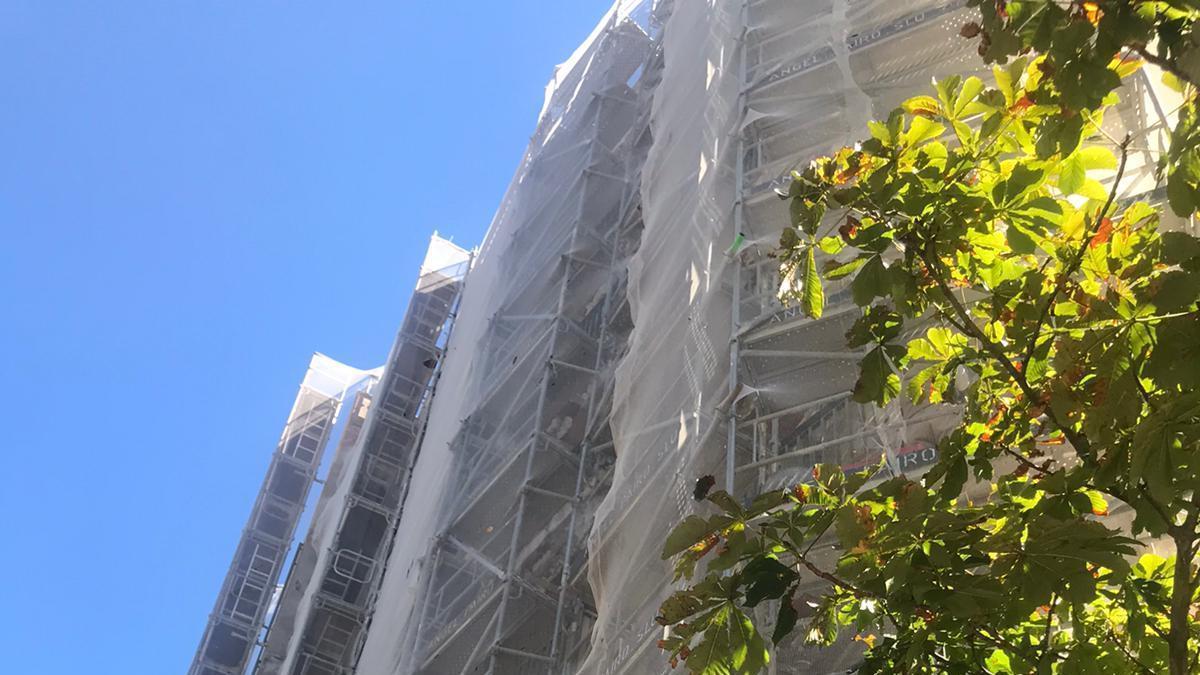 Rehabilitació de façanes, cobertes o supressió de barreres arquitectòniques.