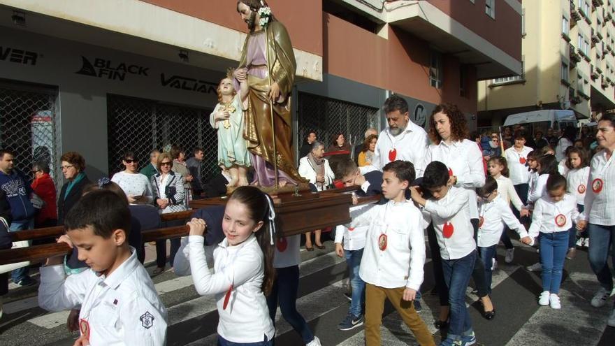 Cantodarea festeja a San Xosé Obreiro con misa solemne y procesión