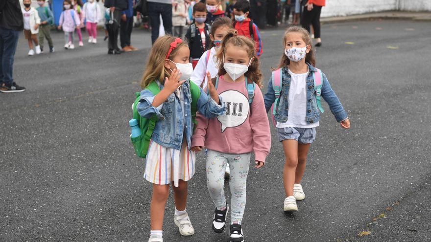 Vuelta al cole en A Coruña   Alumnos de Infantil y Primaria vuelven a las aulas en un nuevo curso marcado por protocolos sanitarios