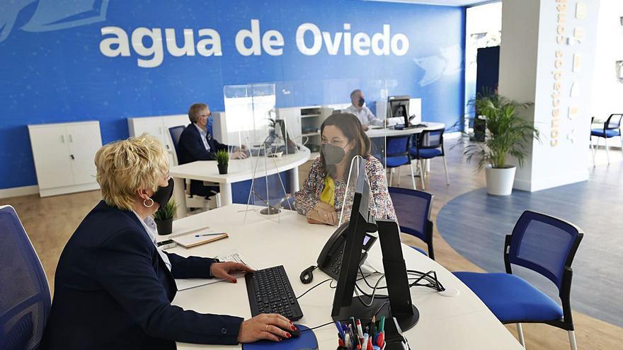 La adjudicataria del servicio municipal de aguas estrena sede en el Vasco