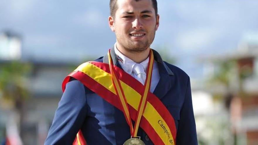Roi Calviño, campeón de España de jóvenes jinetes