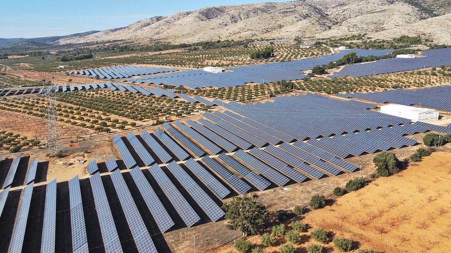 El «boom» solar se dispara en el Vinalopó por el precio, la orografía y la conexión
