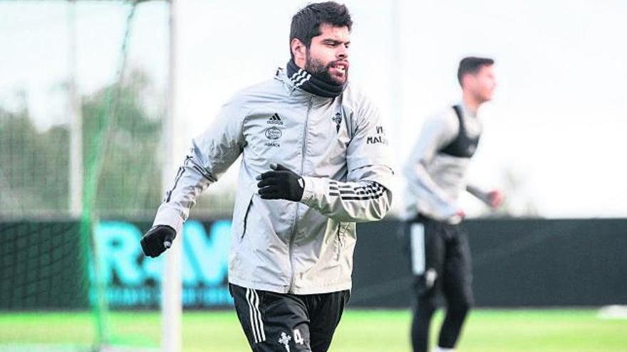 Araújo supera las molestias físicas y apunta a Anoeta