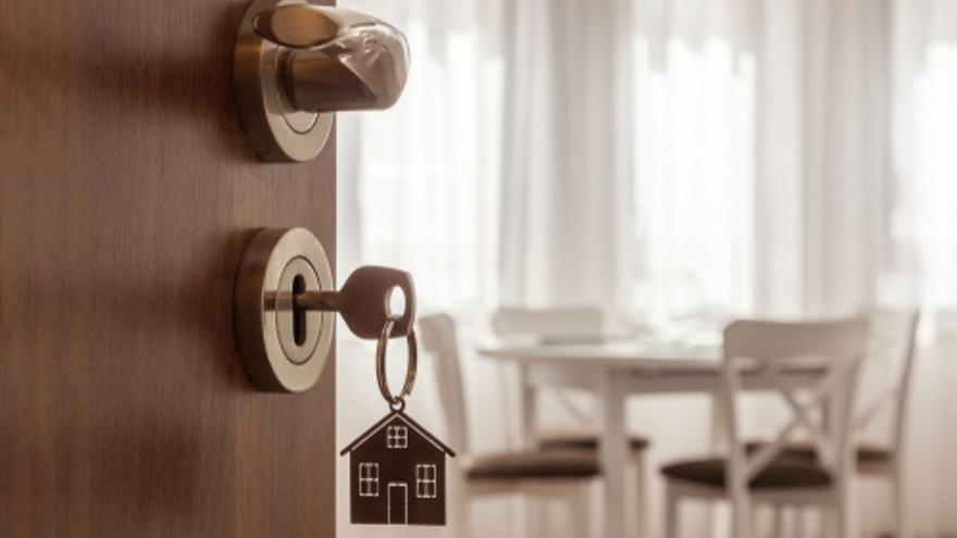 El precio de la vivienda de segunda mano en Canarias cayó un 0,7% en febrero