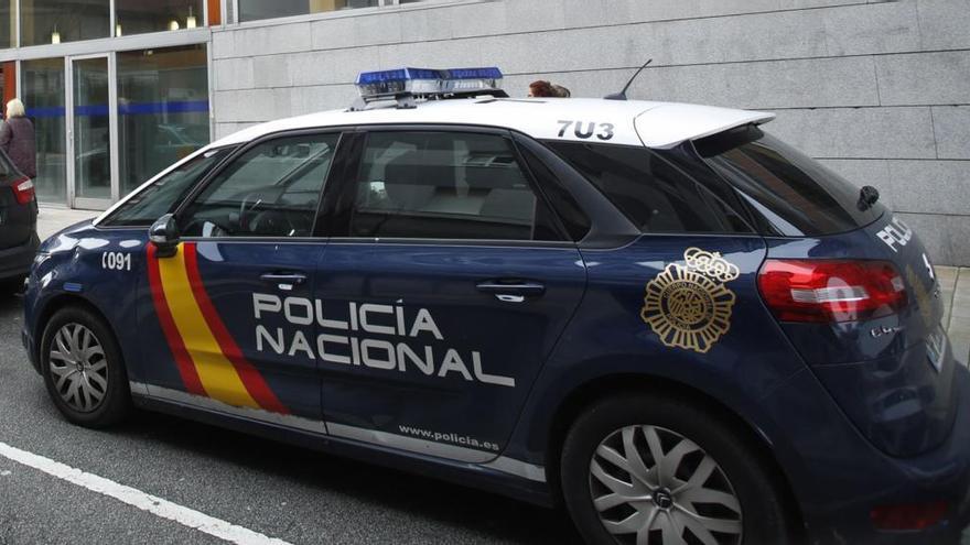 La Policía aborta una nueva pelea de escolares en el Campo San Francisco de Oviedo