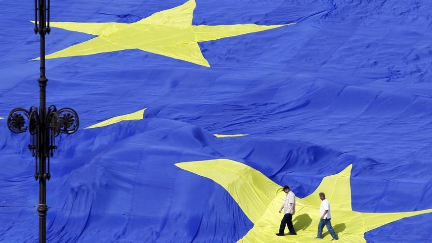 Las regiones de la UE debatirán la estrategia europea de vacunas