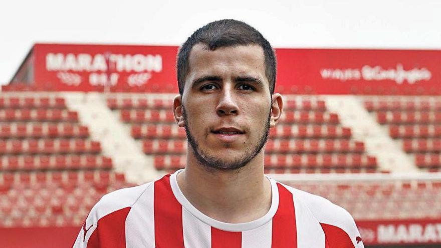 Rivera, el futbolista que viu en un món a part Esports