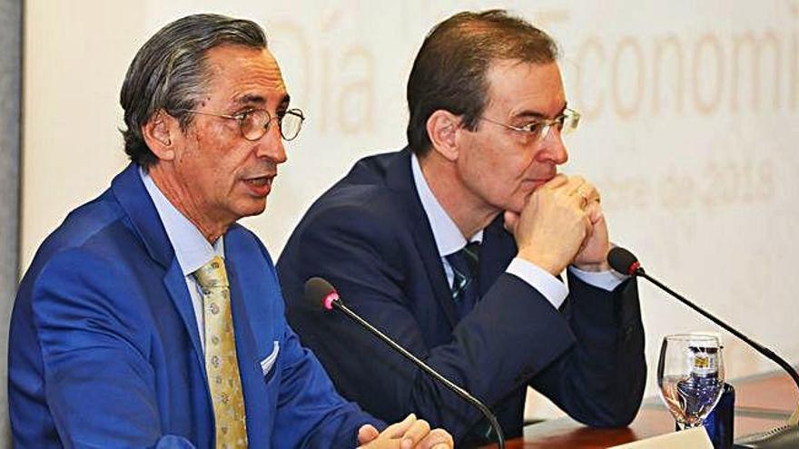 El presidente del Consejo Económico y Social de Castilla y León y el presidente del Colegio de Economistas.