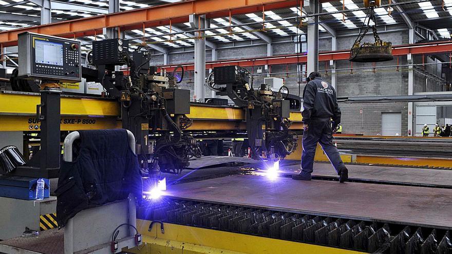 El metal alerta: el alza del acero, el cobre y el transporte pone en riesgo inversiones