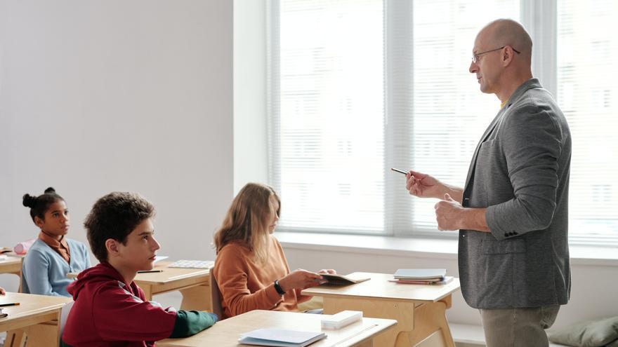 La tasa de abandono escolar bajó en 2020 al 16%