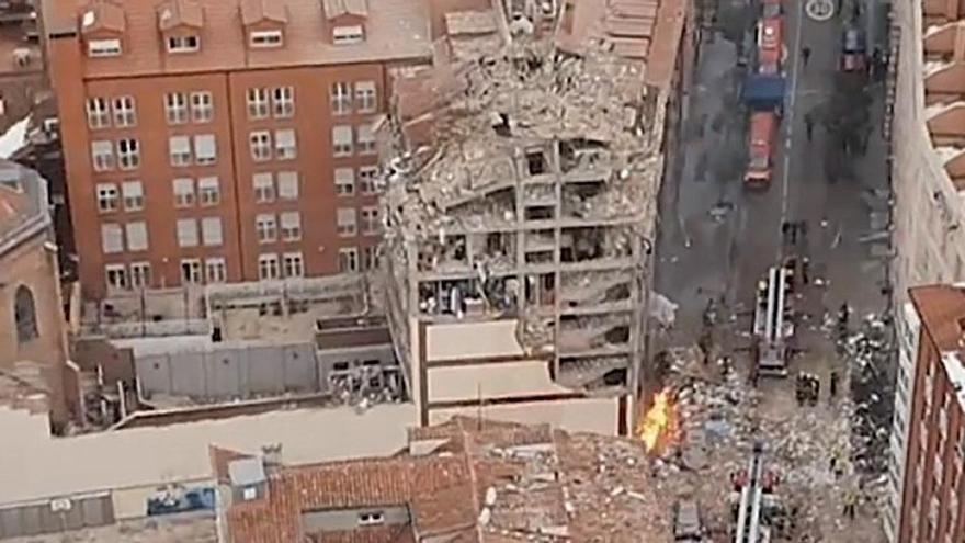 """El testimonio de quienes vivieron la explosión de un edificio en Madrid: """"Ha sido brutal"""""""