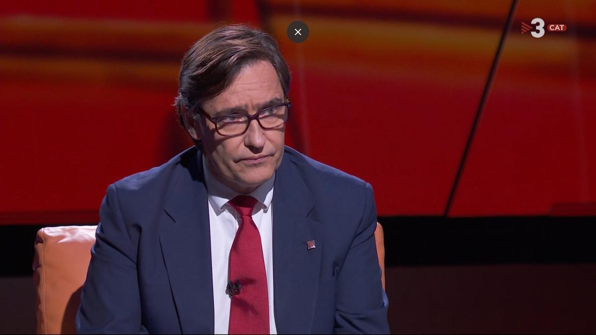 El líder del PSC en el Parlament, Salvador Illa, en una entrevista de TV3 y Catalunya Ràdio.