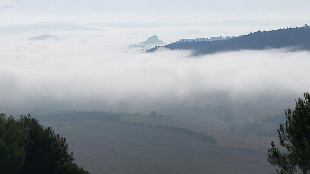 Un mar de boira cobreix les valls.