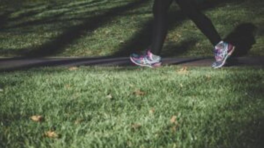 Esta es la DISTANCIA que debes caminar para PERDER un kilo por semana