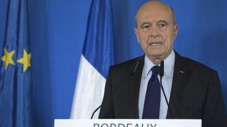 Juppé afirma que no serà candidat a la presidència francesa en lloc de Fillon