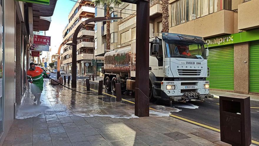 Sacyr acusa al Ayuntamiento de Torrevieja de «enredar y alterar» el contrato de las basuras