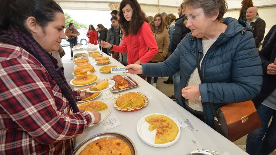 I Concurso de Tortillas de Portonovo