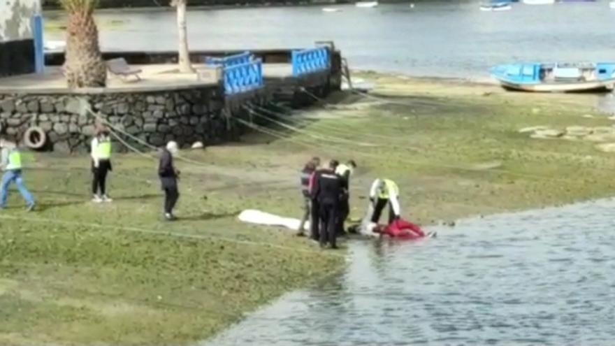 Localizan el cuerpo sin vida de un joven flotando en aguas canarias