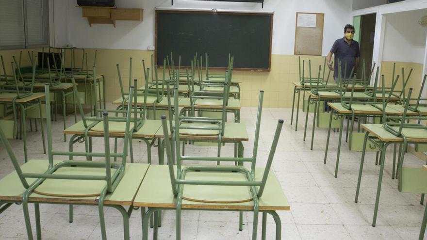 Colegios e institutos decidirán sobre una entrada escalonada y progresiva de los alumnos a partir del día 7