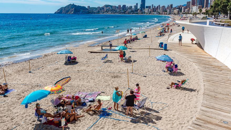 Benidorm suma una ocupación hotelera del 45% y la Costa Blanca se sitúa en el 30%