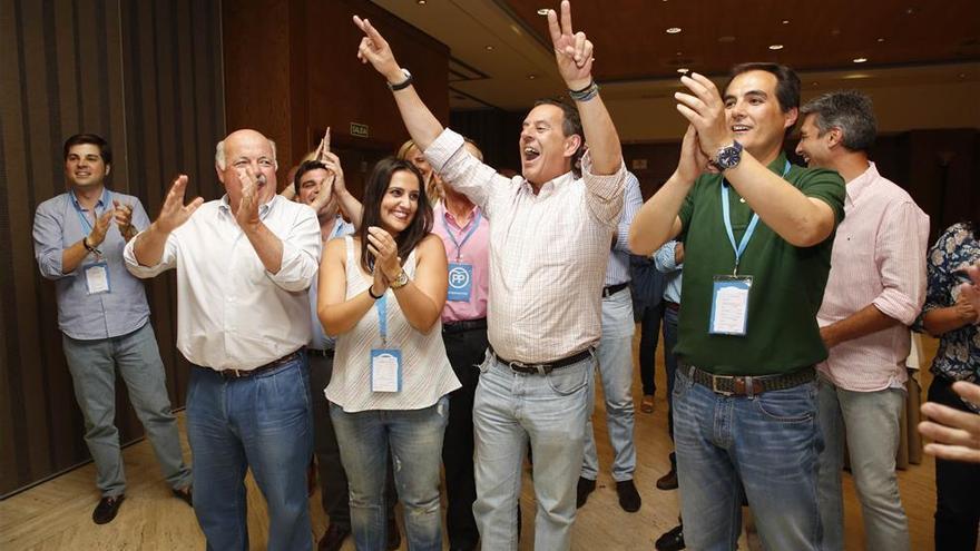 FOTOGALERÍA || La noche electoral en Córdoba