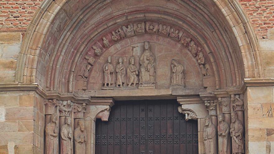 Una guía publicada por Ledo del Pozo permite conocer con detalle la iglesia de San Juan