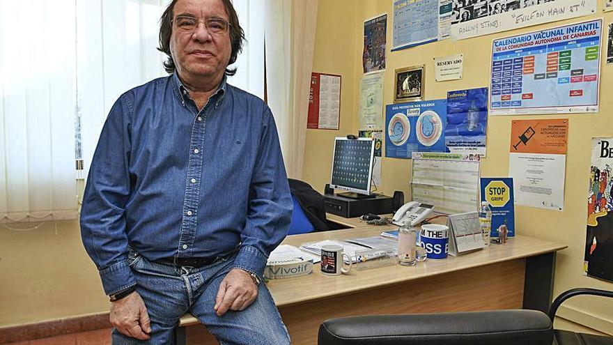 """Amós García corrige a Cavadas: """"Las vacunas cubren todas las fases de producción"""""""