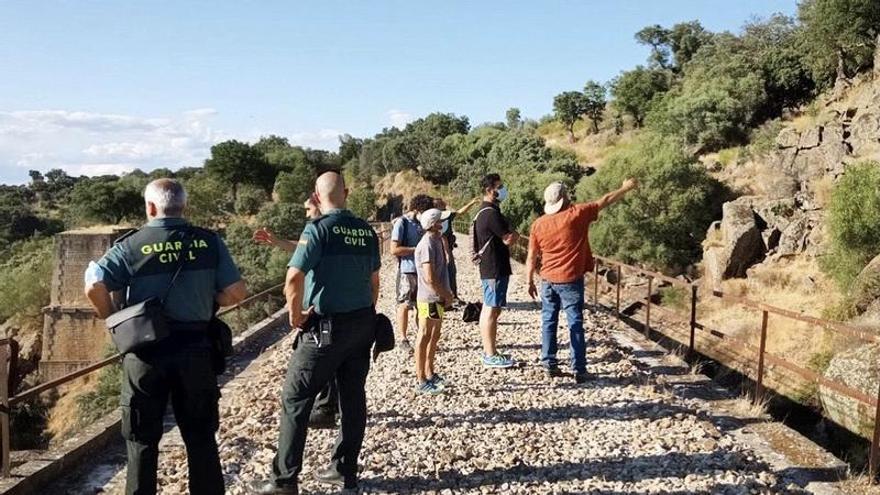 Hallan el cuerpo del escalador de Plasencia desaparecido bajo el puente Gaston Bertier