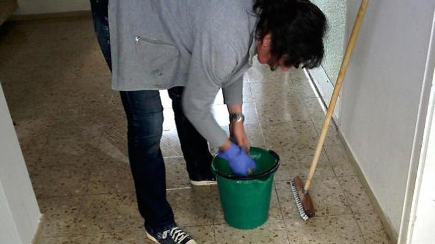 Ayudas de hasta un millón de euros para contratar personal del hogar en Canarias