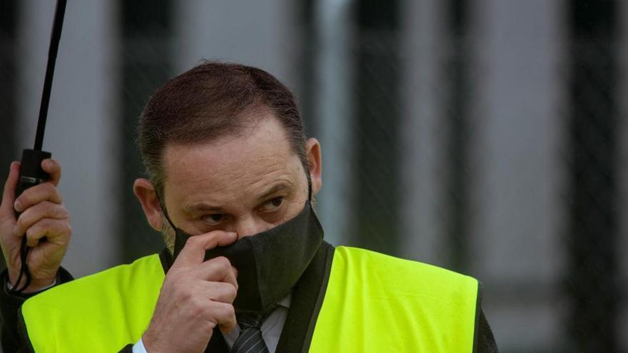 Ábalos garantiza una pronta decisión sobre el cierre con el Reino Unido