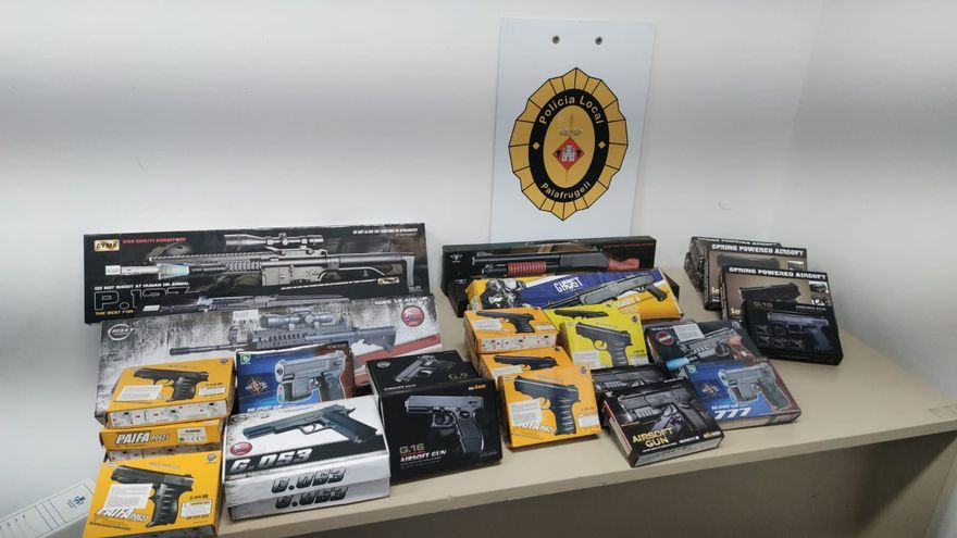 La Policia de Palafrugell intervé 38 rèpliques d'armes de foc en parades de la Festa Major