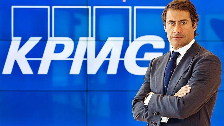 Nueve de cada diez directivos de grandes firmas españolas prevén crear empleo
