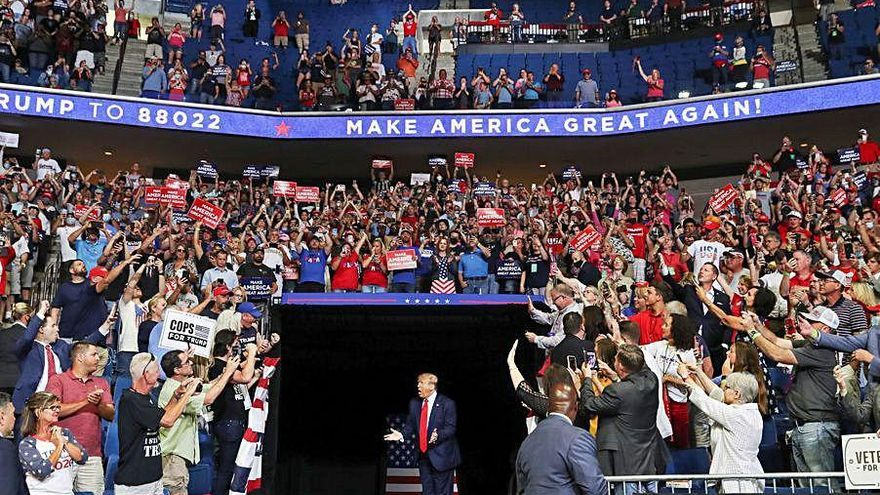 Pinchazo de Trump en Tulsa