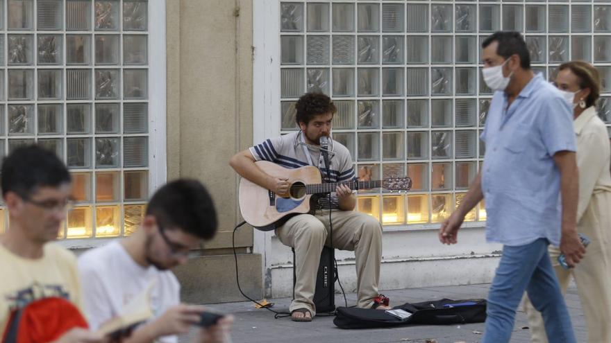 El Ayuntamiento recibe 33 solicitudes de músicos y artistas callejeros de las 55 autorizaciones ofertadas