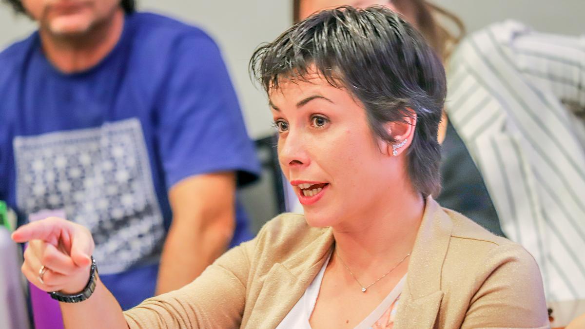 La portavoz socialista Carolina Gracia durante un pleno, en una imagen de archivo