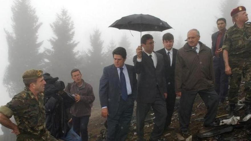 Familiares de los muertos del Yak-42 quieren que Defensa entierre juntos los restos