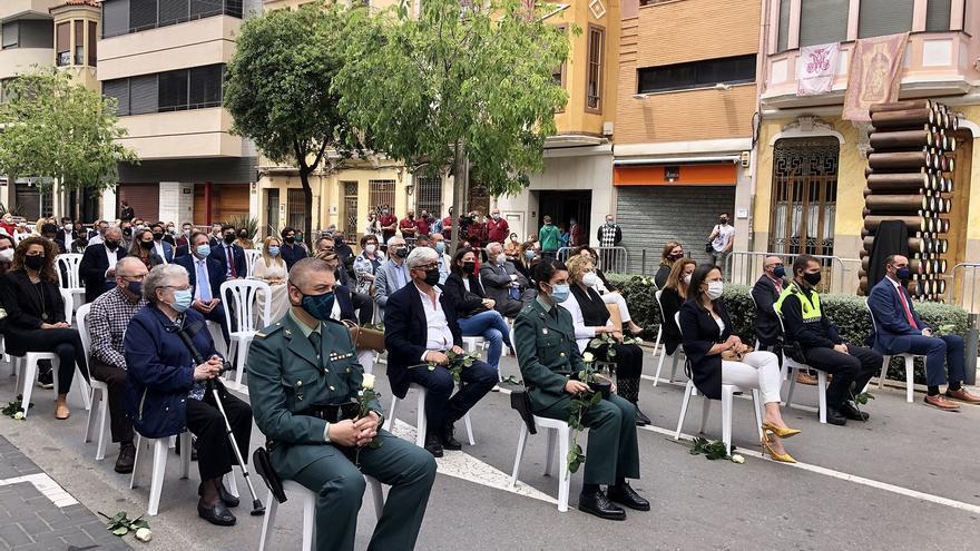Almassora rinde homenaje a víctimas y trabajadores contra el covid