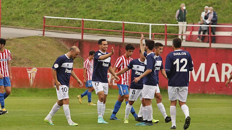 El Sporting B vence 3-2 al Marino en la vuelta de Sergio Sánchez