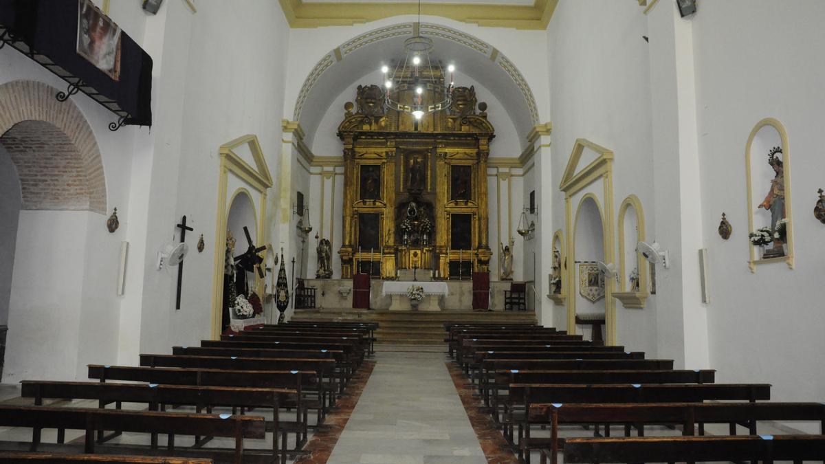 Interior de la iglesia de Nuestra señora de Gracia de Guadalcázar.
