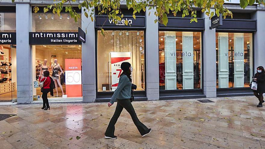 Las ventas del comercio valenciano repuntan un 15 %