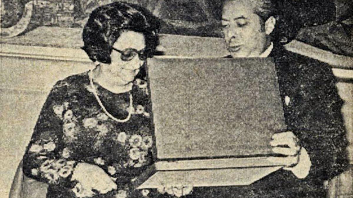 Ursicina Martínez Gallego, promotora de la Casa de Cultura, en una imagen de 1976. | Archivo