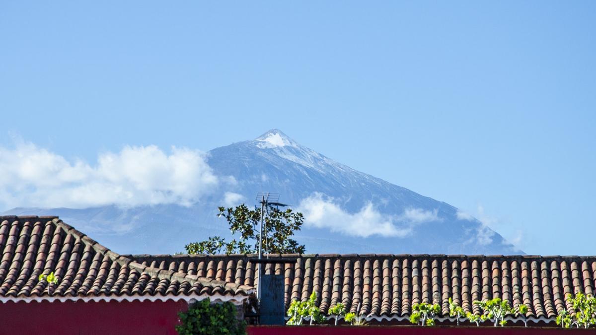 Vista del Teide desde El Sauzal.