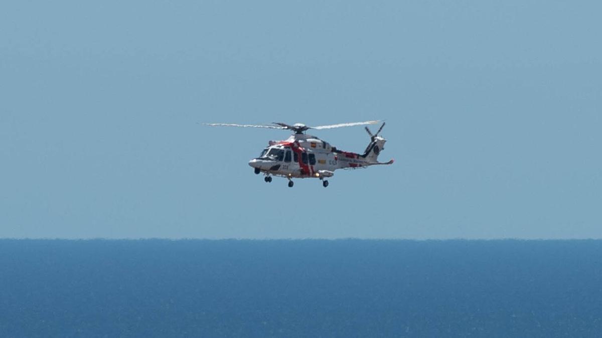 Un helicóptero del GES.