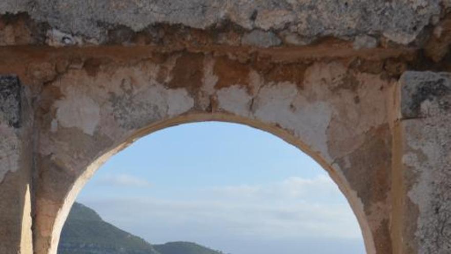 La ermita de Sant Miquel      de Corbera, la  gran olvidada