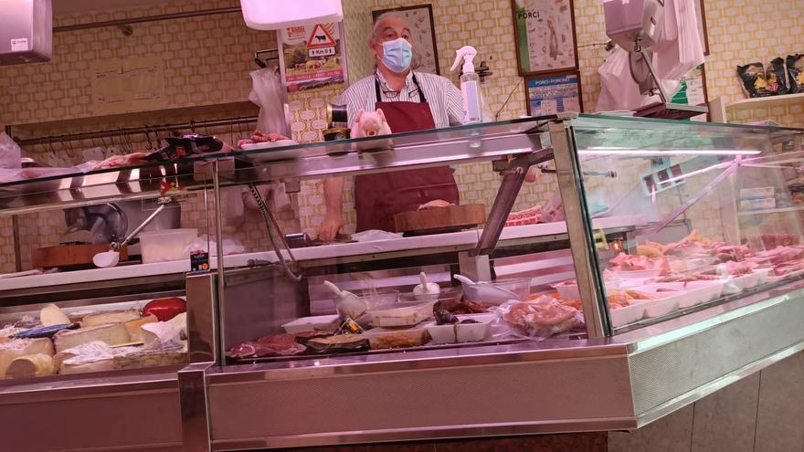 Tanca la carnisseria Coll, un comerç emblemàtic de Girona