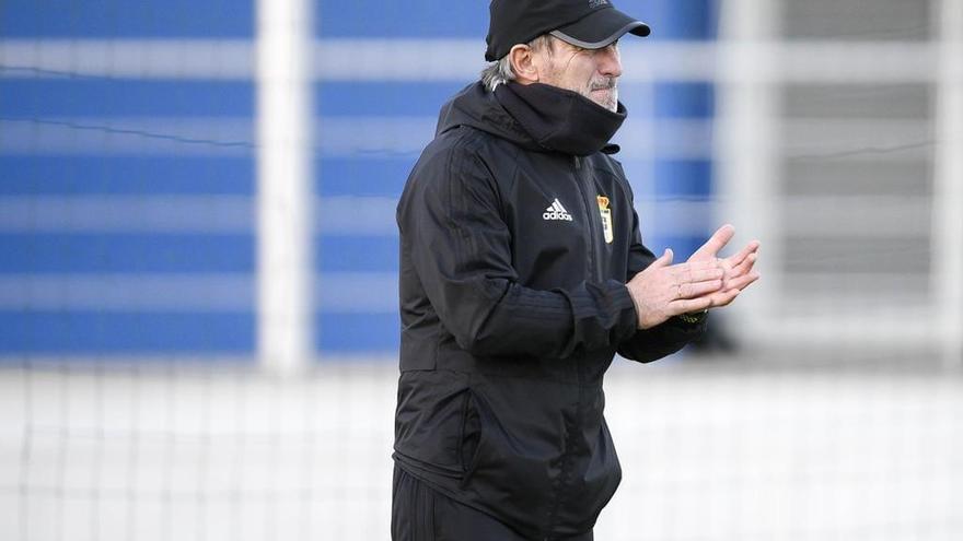 """Anquela defiende al Oviedo: """"A veces se nos valora más fuera de casa"""""""